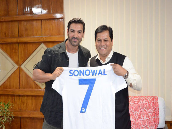 John Abraham (left) with Assam Chief minister Sarbananda Sonowal