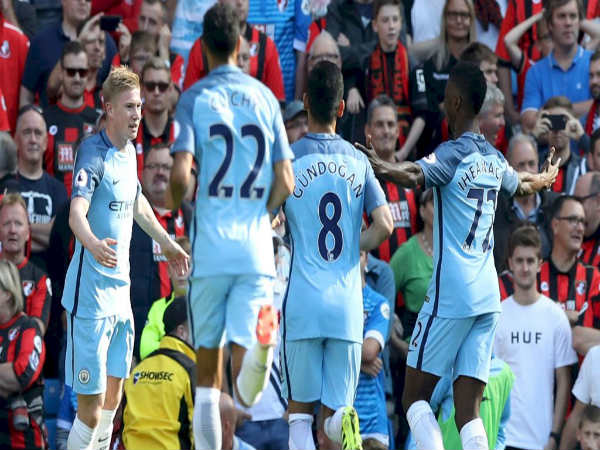 Manchester City players celebrate (Image courtesy: Manchester City FC Twitter handle)