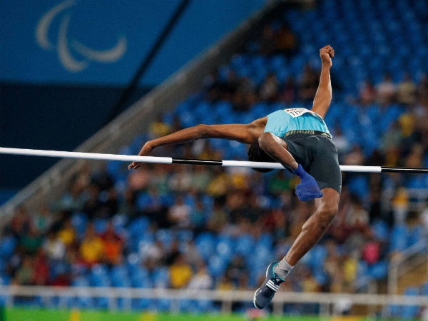 Mariyappan Thangavelu jumps to win the gold medal in the men's final high jump at Rio Paralympics 2016