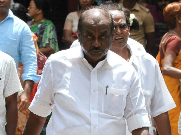 IT raids at frmr AIADMK minister's house