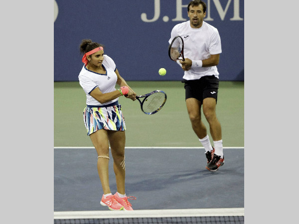 Sania Mirza and Ivan Dodig in action at US Open