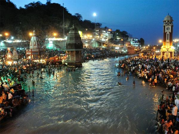 Ganga: Rs 315 cr for building toilets