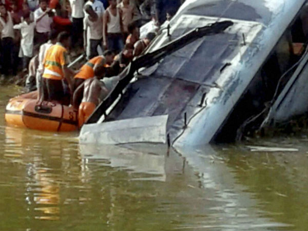In pics:27 killed in Bihar bus accident
