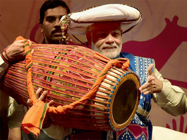 Narendra Modi tries his had at drums
