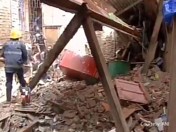 bandra-building-collapse