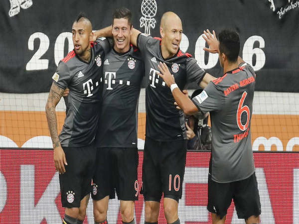 Bayern Munich players celebrate (Image courtesy: Bayern Munich Twitter handle)