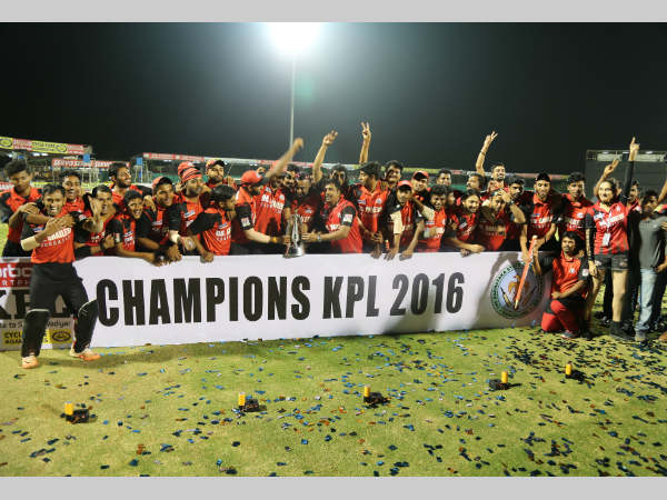 The champions Bellary Tuskers celebrate