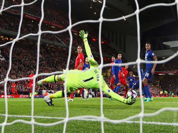 David De Gea saves a genuine chance created by Liverpool (Image courtesy: Manchester United Twitter handle)