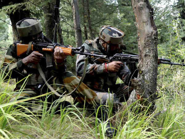 8 killed in Pak firing- Highest casualty on single day in 2 decades