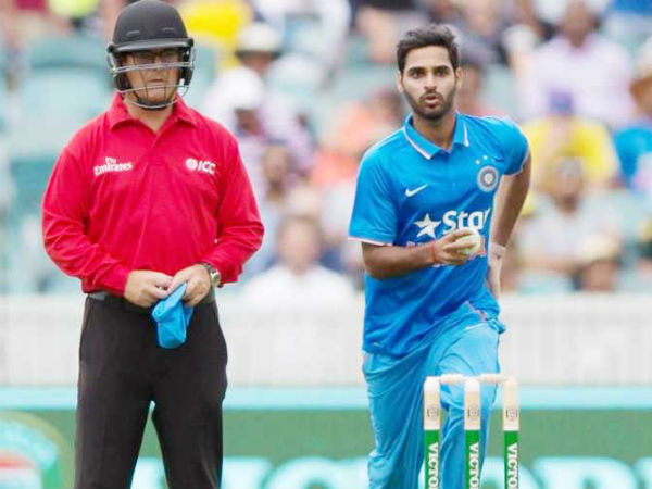 John Ward wearing a helmet during India-Australia ODI