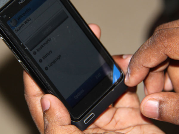 India to have 1 billion mobile users