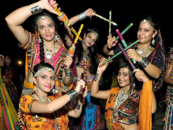 garba and dandiya play - photo #2
