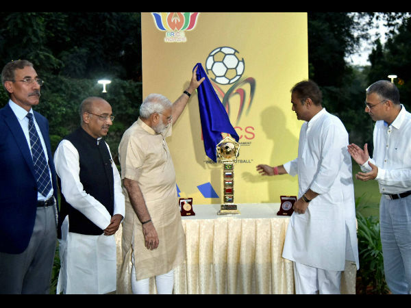 Prime Minister Narendra Modi with Union Sport Minister Vijay Goyal, Praful Patel, President All India Football Federation and others unveils BRICS U-17 Football Tournament – 2016 Trophy in New Delhi on Saturday.