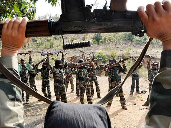 18 naxalites killed in an encounter