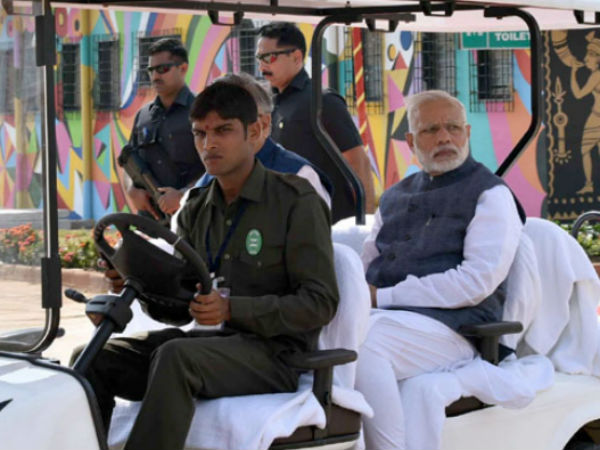 PM visits Nandan Van Jungle Safari, at Naya Raipur
