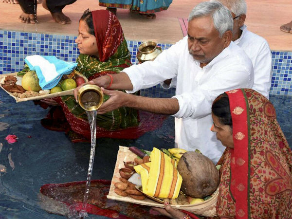Chhath celebrated at residence of Bihar CM