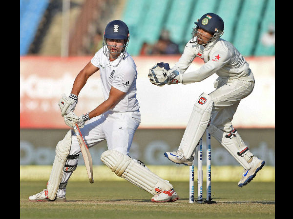 Alastair Cook gives England a solid start