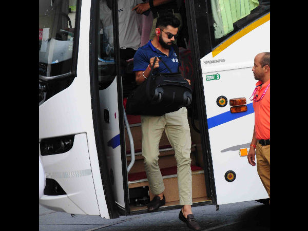 Virat Kohli arrives at Visakhapatnam