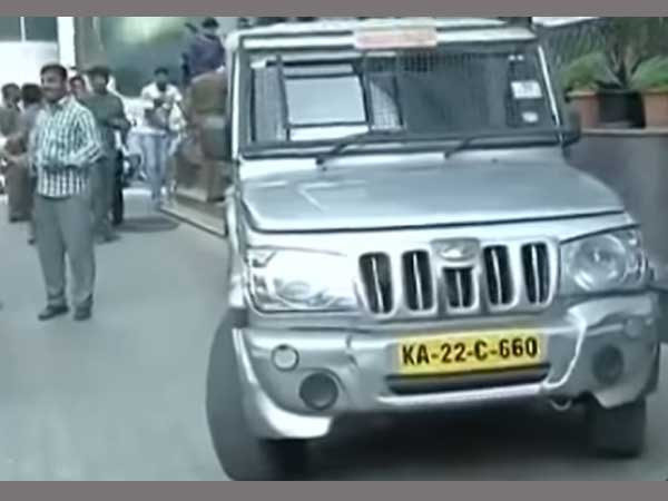 Bengaluru: Stolen cash van found, money missing