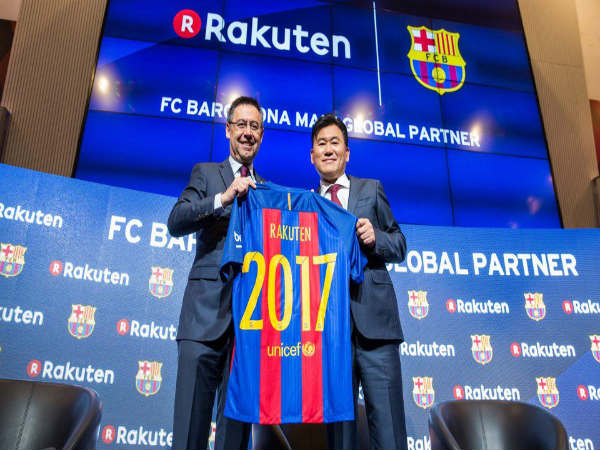 FC Barcelona president with Rakuten chief (Image courtesy: FC Barcelona Twitter handle)