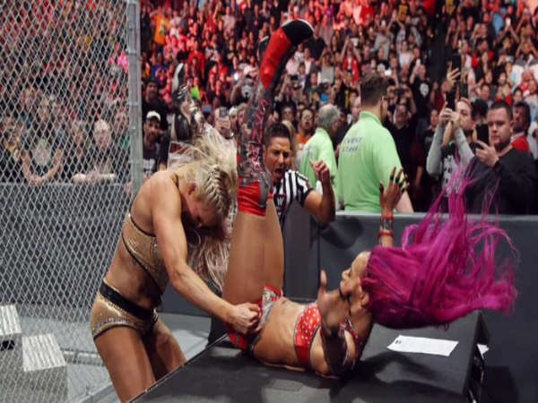 Charlotte & Sasha Banks in the Hell in a Cell match (Image courtesy: wwe.com)