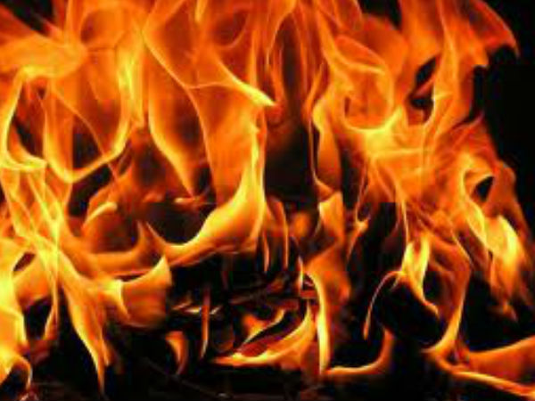 Fire breaks out in Srinagar