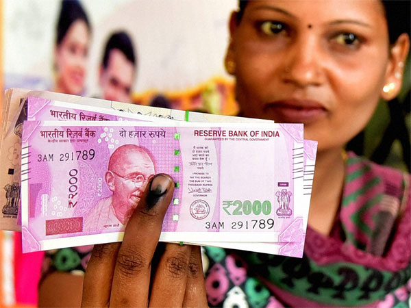 EC writes to Finance ministry not to use indelible ink in banks