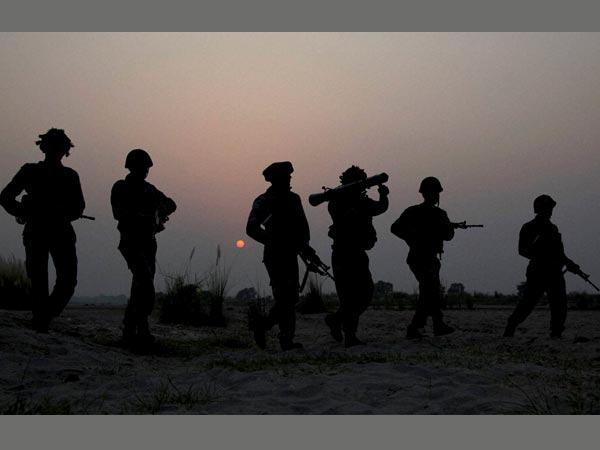 Soldier killed, another injured as Pakistan violates ceasefire
