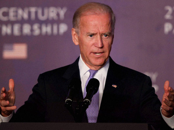 Biden speaks against ban on immigrants