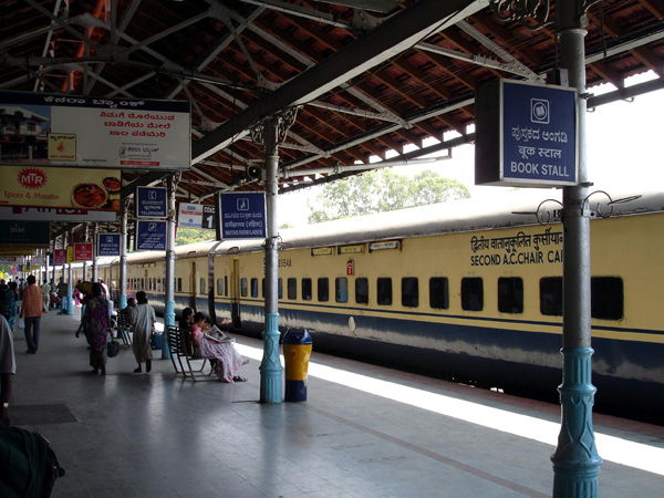 Railways ropes in Sulabh founder