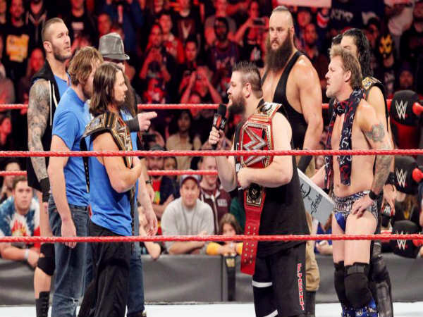 Raw Vs Smackdown (Image courtesy: wwe.com)