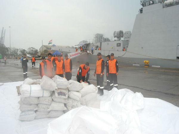 Navy supplies relief material to Chennai
