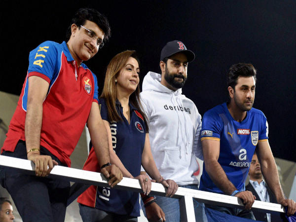 ISL club owners and Nita Ambani
