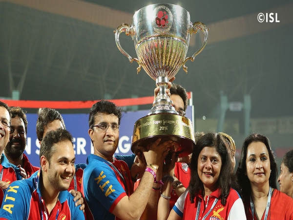 Sourav Ganguly with the ISL trophy
