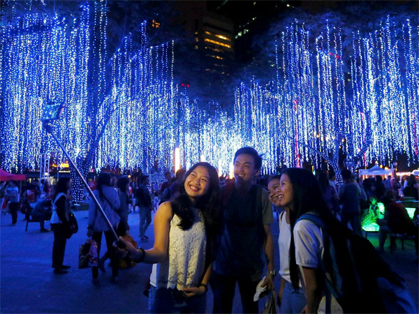 Philippines soaks in Christmas fervour
