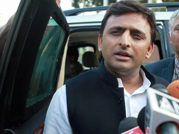 Akhilesh confident of SP's win in UP
