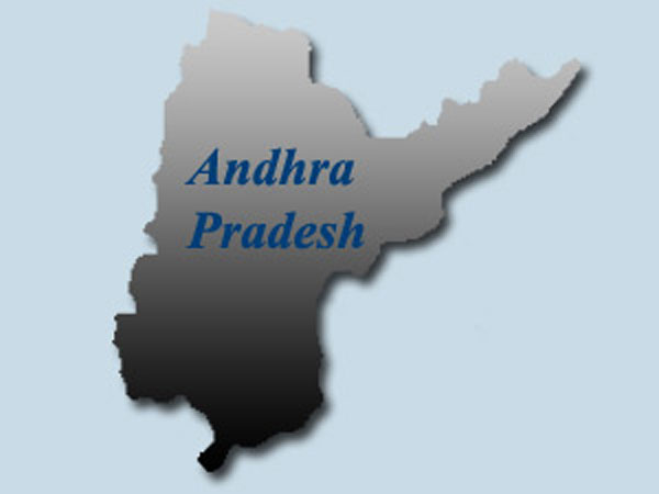 Three electrocuted in AP