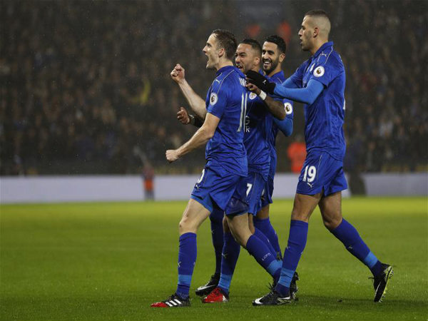 Leicester City players celebrate (Image courtesy: Premier League Twitter handle)