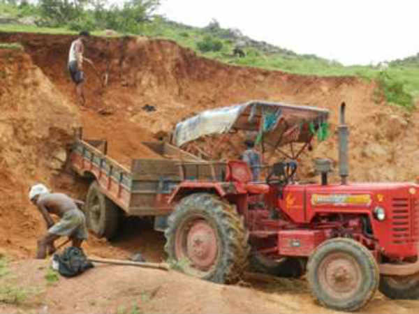 Ban mining around Amarkantak: Govt