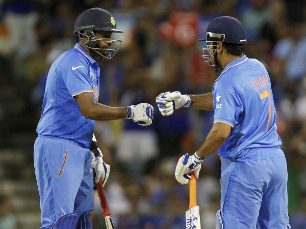MS Dhoni fans slam 'arrogant' R Ashwin for not thanking ODI skipper after winning ICC Awards