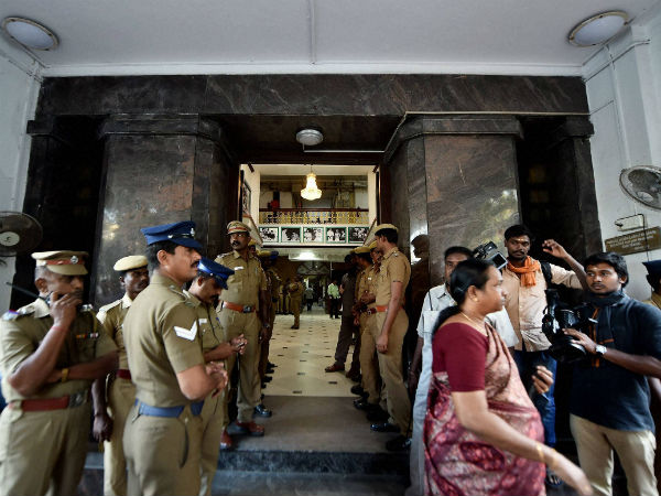 "Police Personnel stands one of the main entrance of Tamil Nadu State ""Secretariat"" during the raid"
