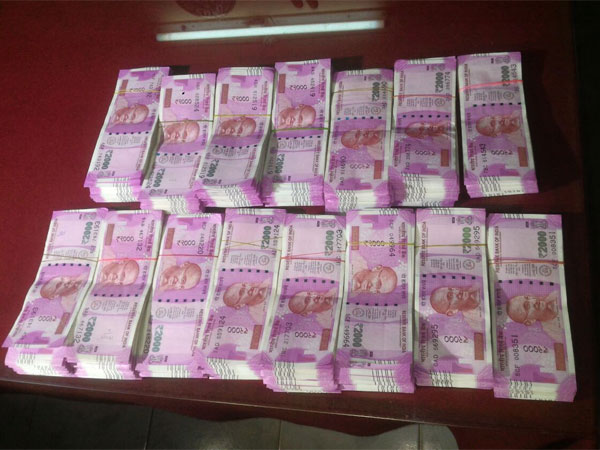 Five with counterfeit currency arrested