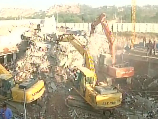 Building collapses in Hyderabad