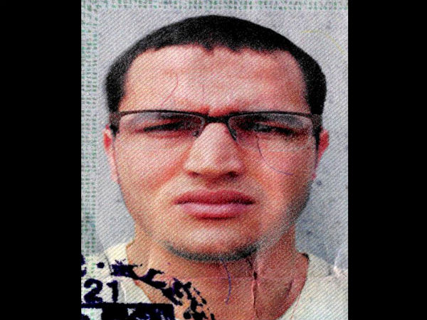 Germany hunts Tunisian suspect after IS claims truck attack