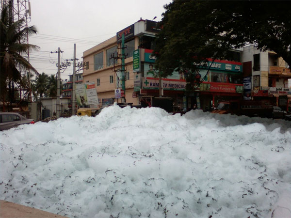 Varthur lake is foaming again