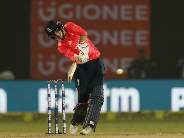 Joe Root keeps his good form against India