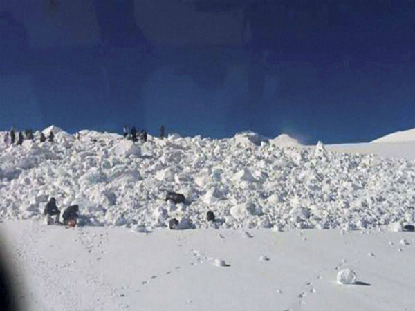 J&K: Two jawans missing after avalanche hits BSF post in Gurez sector