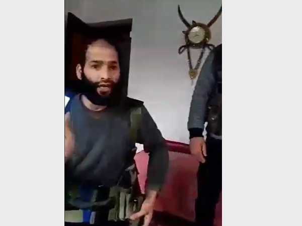 How these militants reacted after cornered by the armed forces