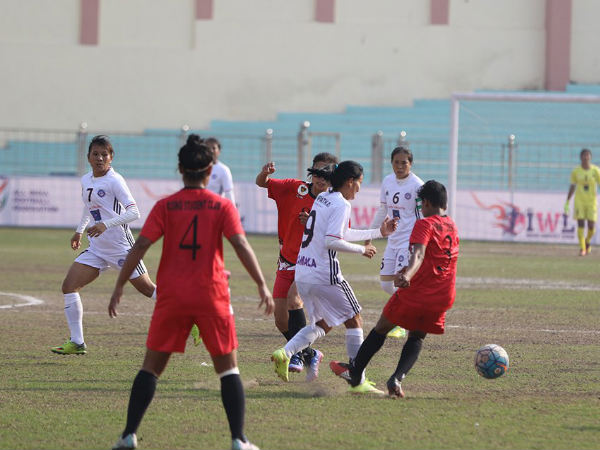 Rising Student's club (red) and Eastern Sporting Union players (Image courtesy: AIFF Media)