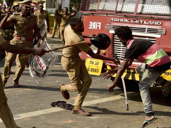 Pro-Jallikattu protesters during a violent clash with the police near Marina Beach in Chennai.